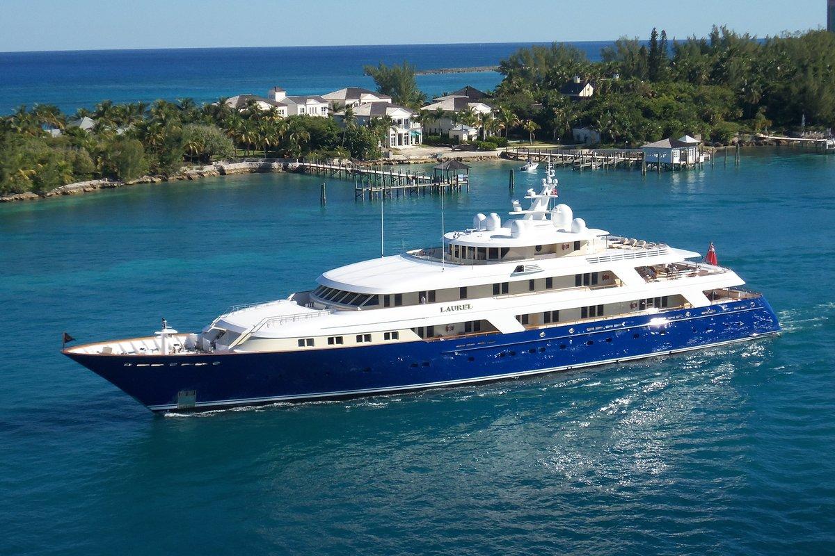 yacht-740610.jpg
