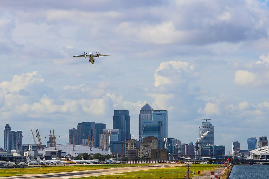 london-london-city-airport-plane-airport.jpg