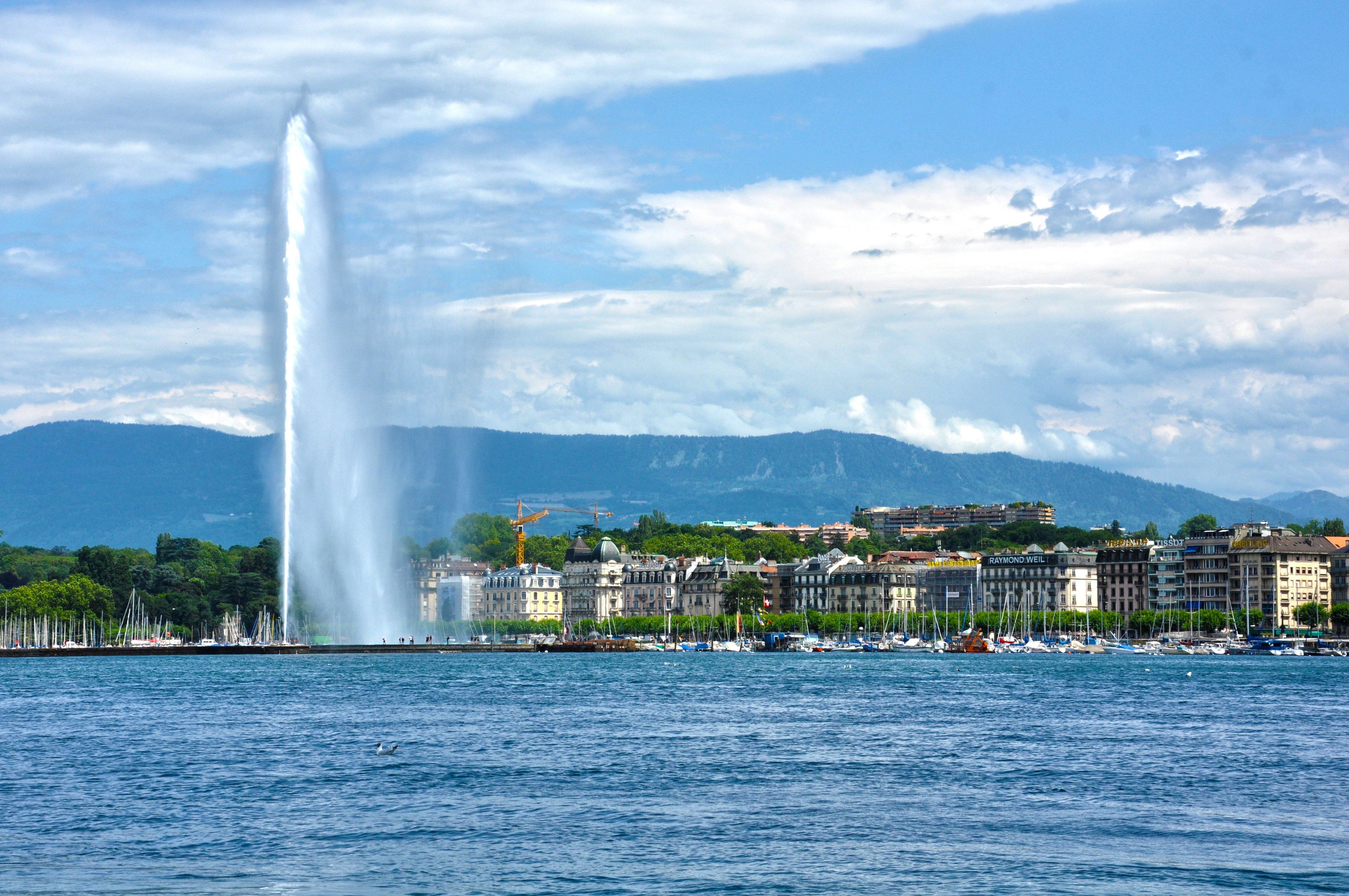 Geneva_Pixabay.jpg
