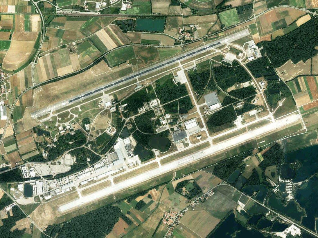 Manching_Airport.jpg